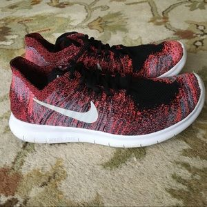 Nike sneakers 7 womens Free Run Flyknit shoes pink